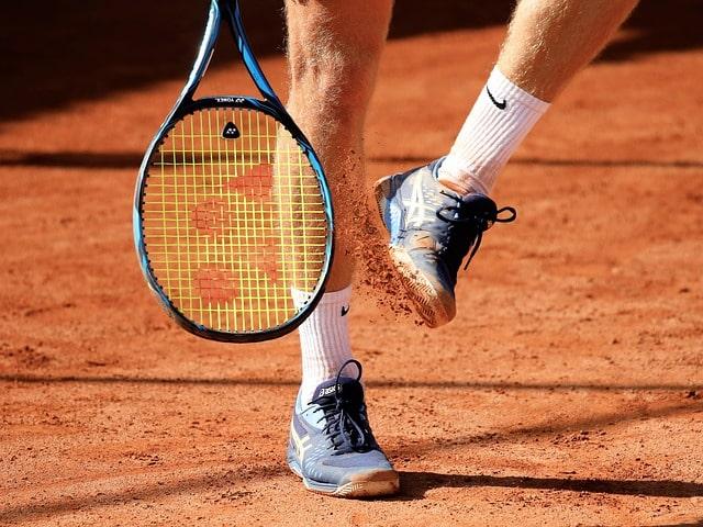 chaussure de tennis pour la terre battue