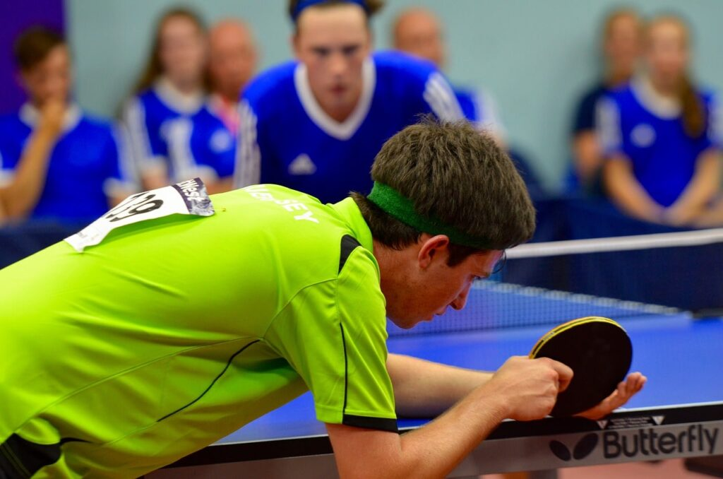 service au ping pong